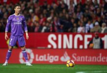 Ronaldo ready to bang in his 12tgh goal of the season from the spot against Sevilla