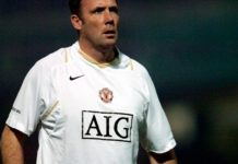 Tony Coton in training at Manchester United