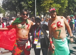 Angela Akua Asante with crazy CR7 fans (1)