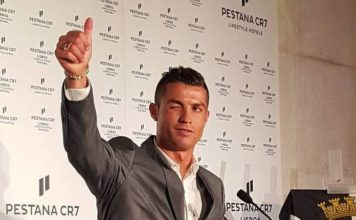 Thumbs up! On Sunday, October 2nd, Cristiano Ronaldo successfully launched his Pestana CR7 hotel in Lisbon.