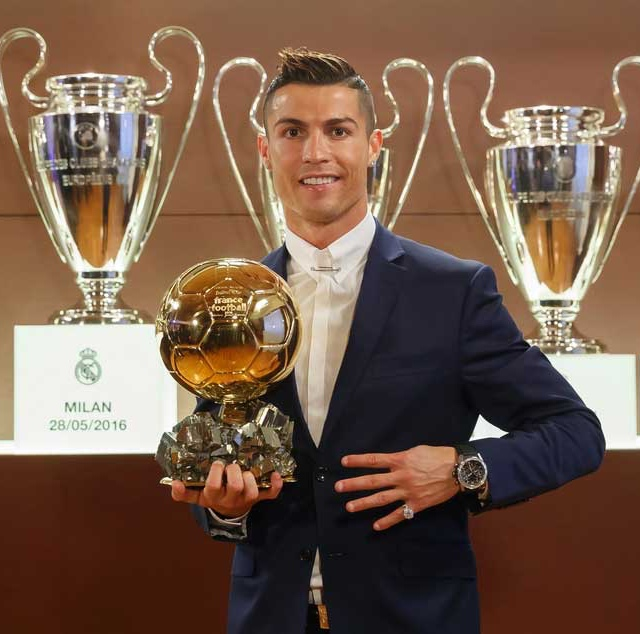 Cristiano Ronaldo wins the 2016 Ballon d'Or