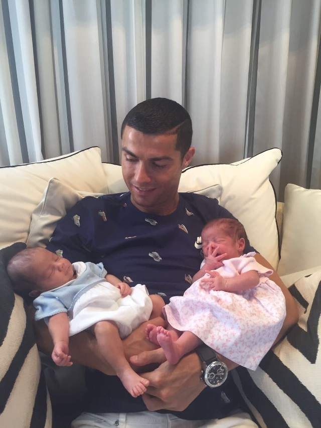 Cristiano Ronaldo and his children