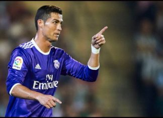Cristiano in action against Betis