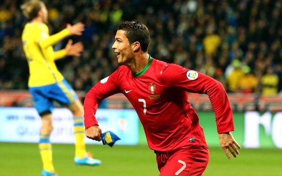 Ronaldo's hat-trick vs Ibrahimovic's Sweden sends Portugal to the 2014 World Cup